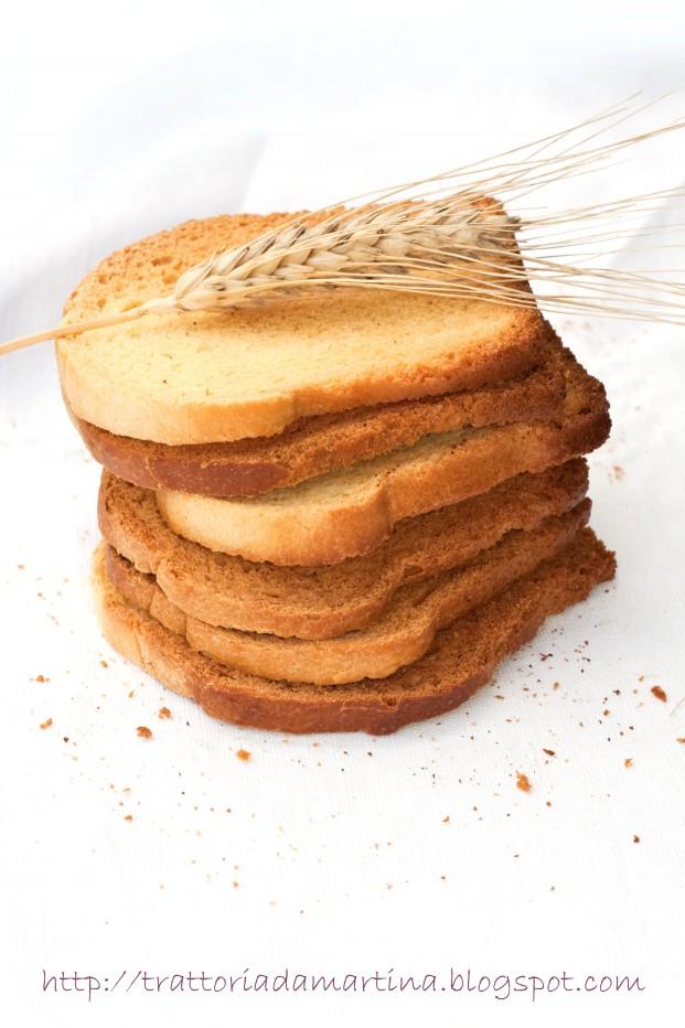 Fette biscottate di Montersino con lievito madre liquido