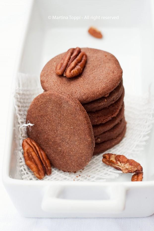 Biscottini di frolla montata al cioccolato