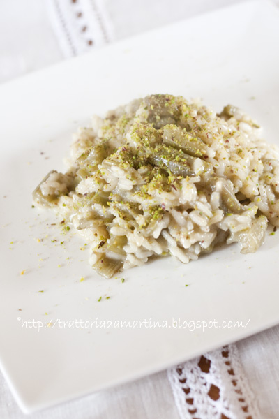 Risotto con cardi e granella di pistacchi
