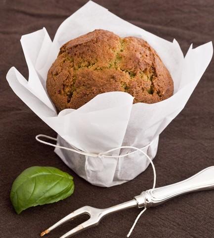 Muffin al basilico e noci