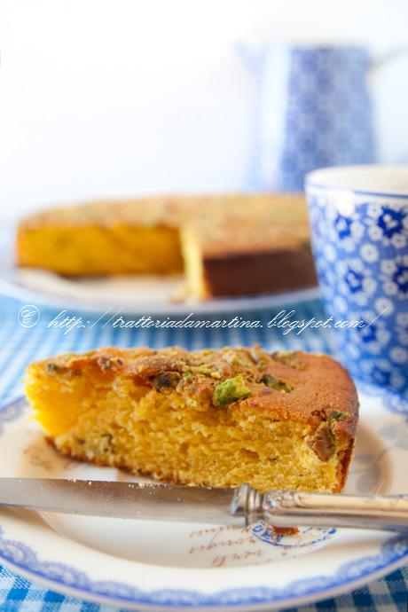 Indian cake al mava, zafferano e pistacchi