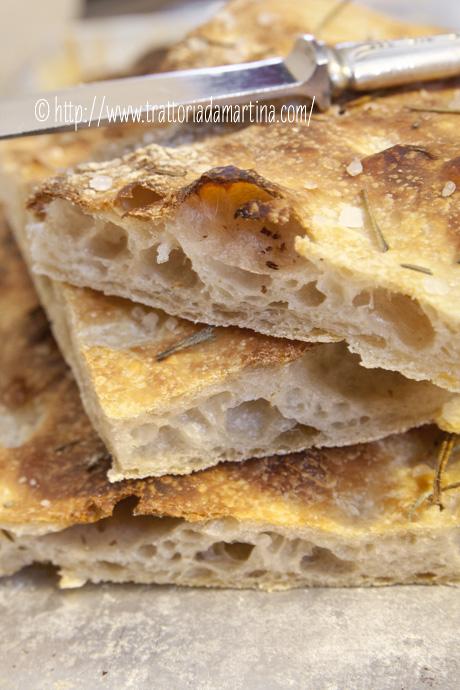 Pizza al rosmarino a lievitazione naturale con Kamut ed Enkir