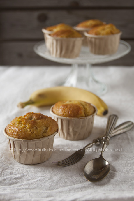 Muffin alla banana e pinoli
