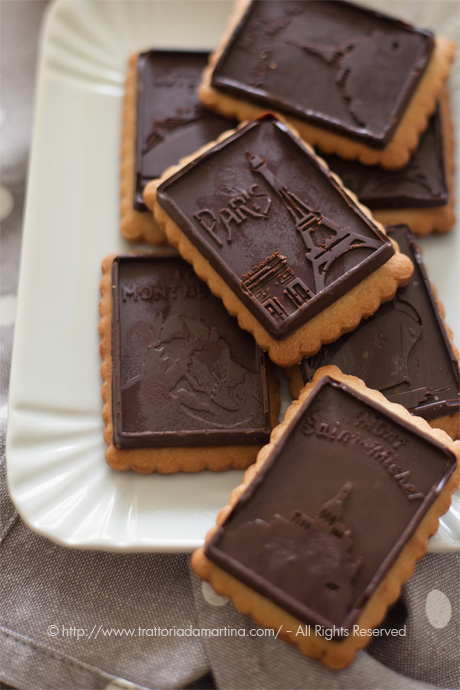 Sembrano Oro ciok....Sono petit beurre alla farina integrale di avena e cioccolato