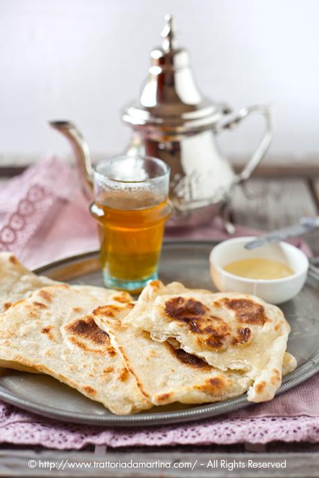 Colazione marocchina: the verde alla menta e msemen (pancake quadrati marocchini)