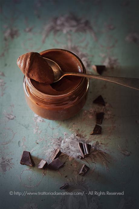 Mousse di cioccolato fondente all'acqua