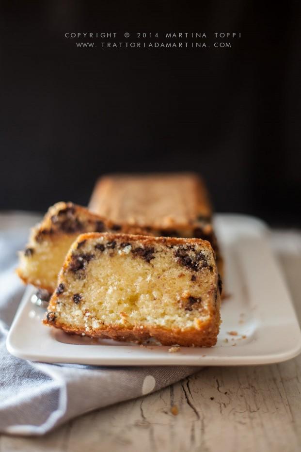 Pound loaf cake al latticello con gocce di cioccolato
