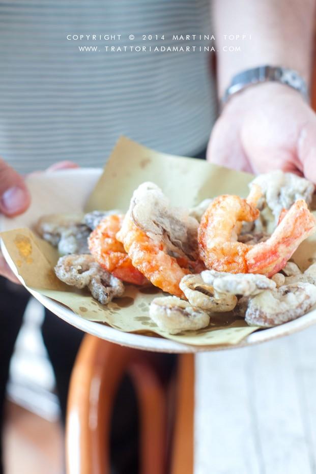 tempura di gamberi e funghi