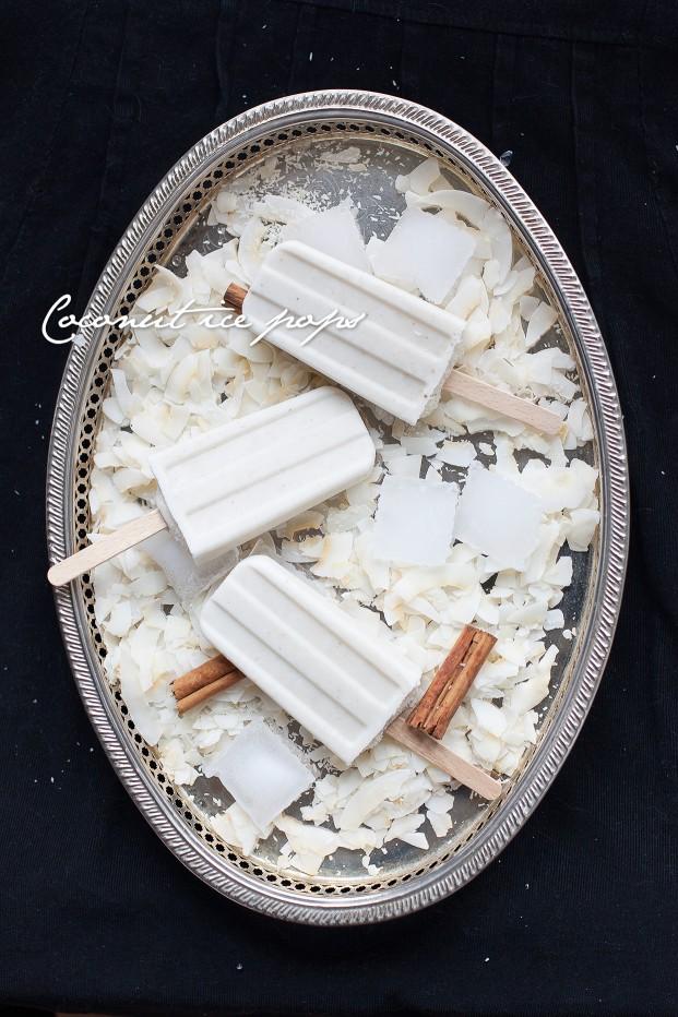 Ghiaccioli al cocco (coconut ice pops)
