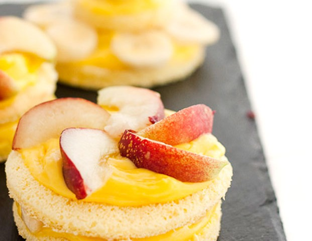 Tortine alla crema e frutta