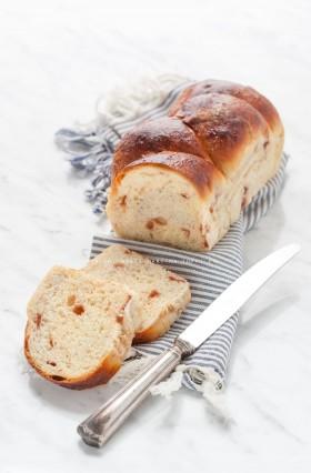 pan brioche con gocce di frutta