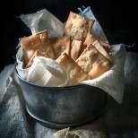 cracker salati in superficie