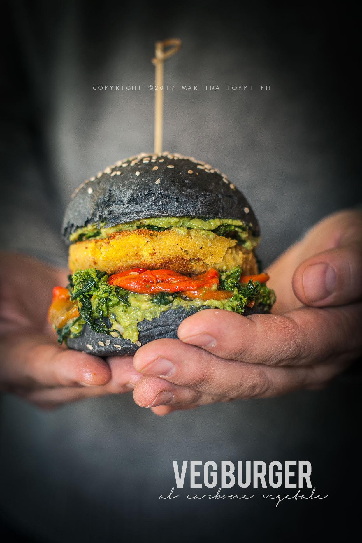 hamburger vegetariano con burger di ceci e patate