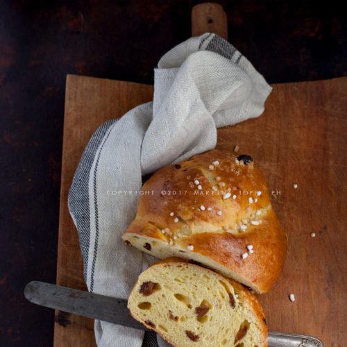 pan brioche a lievitazione naturale con uvetta