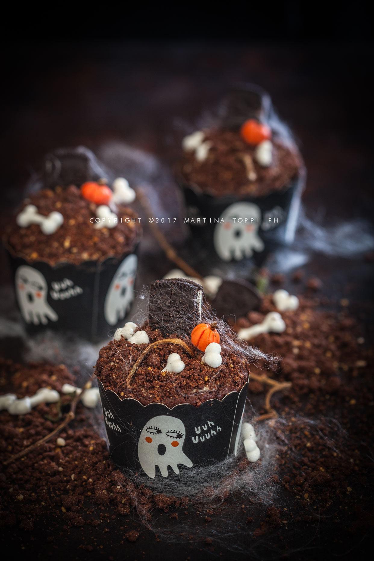 cupcake di halloween-graveyard cupcakes