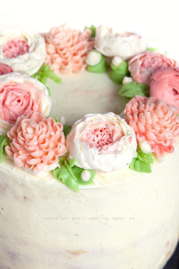 torta fiorita con crema la burro