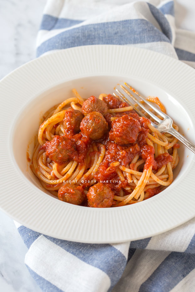 spaghetti e polpette al sugo